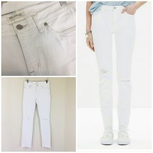 Madewell White Distressed Alley Straight Jean. 28
